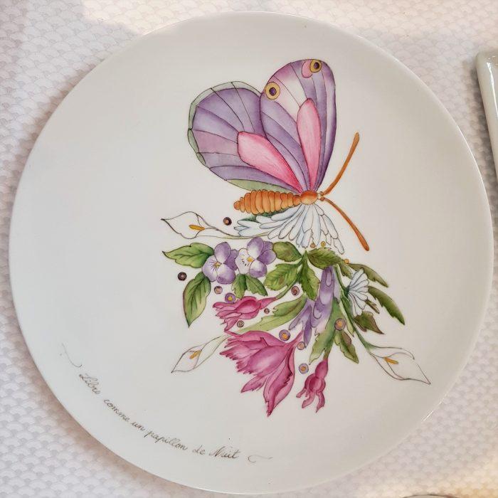 Assiette porcelaine papillon